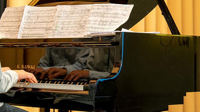 ピアノ マスター